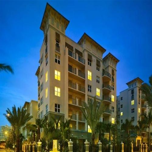 Fort Lauderdale Victoria Park Apartments: AMLI Flagler Village