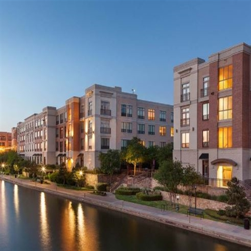 Apartments In Irving Tx Off Beltline Rd: 1050 Lake Carolyn Pkwy